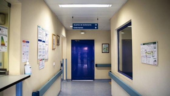 O GTHCCdestaca a situação referenteao tratamento dos doentes de risco, como os transplantados e em lista de espera para transplante e os doentes oncológicos