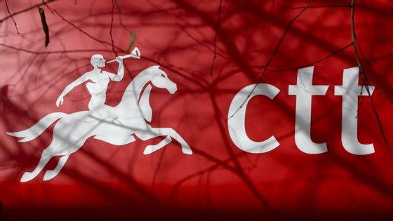 """Em causa está a """"incerteza económica e a ainda pouca clara noção sobre a gravidade da crise da Covid-19"""""""