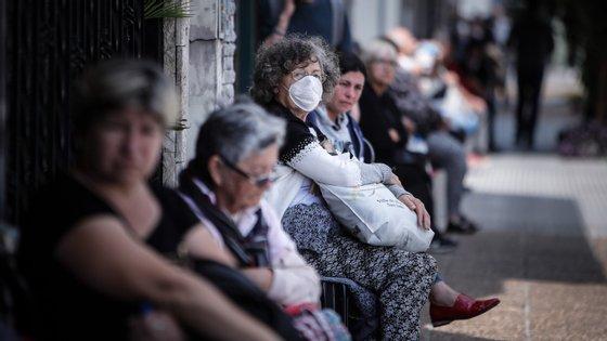 """Deputados defendem que o concelho deve adotar """"medidas mitigadoras do impacto da pandemia, mesmo que isso signifique o adiamento, cancelamento de projetos já aprovados e a alteração de pressupostos orçamentais já deliberados"""""""