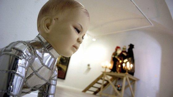 A Exhibitio, criada no ano passado, conta com cerca de 20 galerias de arte e veio ocupar o lugar da Associação Portuguesa de Galerias de Arte, cuja atividade foi sendo desativada nos últimos anos