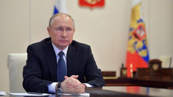 Os últimos dados oficiais indicam 7.497 casos diagnosticados na Rússia, incluindo 1.154 nas últimas 24 horas, e 58 mortos