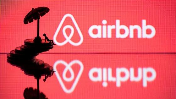 O Airbnb foi criado em agosto de 2008 por Brian Chesky, Joe Gebbia e Nathan Blecharczyk