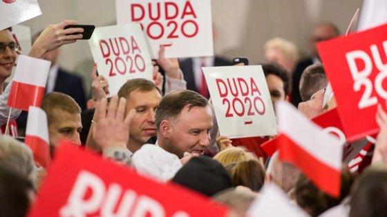 Andrzej Duda recandidata-se à presidência da Polónia com o apoio do PiS