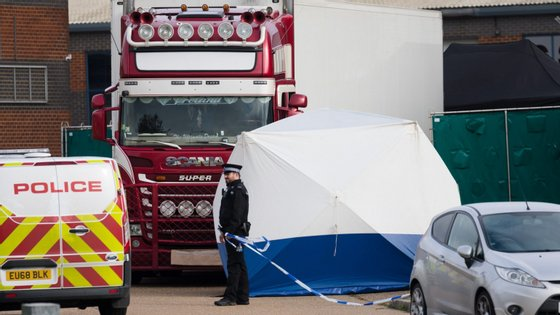 Os 39 cadáveres foram encontrados no final de outubro do ano passado