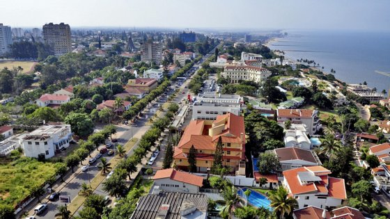 Maria Isaltina Lucas foi diretora nacional do Tesouro no período em que o governo moçambicano avalizou, secretamente, empréstimos no valor de 2,2 mil milhões de dólares (dois mil milhões de euros) a favor de três empresas estatais
