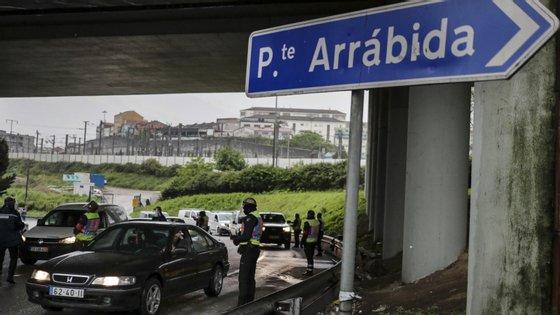 """No metropolitano do Porto """"ainda não confirmamos ninguém que devesse estar em isolamento profilático ou que esteja infetado com a Covid-19"""", informou um agente"""