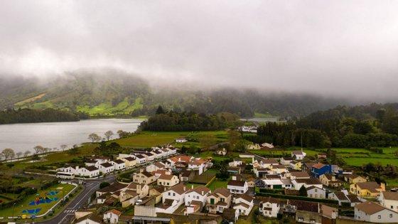 Foram registados até ao momento nos Açores 84 casos de Covid-19 (47 em São Miguel, 11 na Terceira, 10 no Pico, sete em São Jorge, cinco no Faial e quatro na Graciosa)