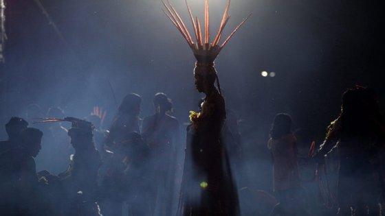 O indígena nasceu na aldeia Rehebe, dentro da reserva Yanomami localizada entre os estados do Amazonas e de Roraima