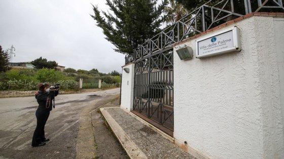 Investigadores terão apreendido na quarta-feira vários documentos na sede da Região da Lombardia, no âmbito de uma investigação sobre a morte de idosos em Pio Albergo Trivulzio