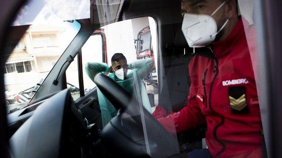 """""""A esmagadora maioria dos corpos de bombeiros está a funcionar a 100% da sua capacidade operacional"""", garantiu Patrícia Gaspar"""