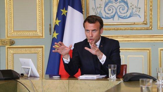 Sobre a União Europeia, Macron defendeu que os Estados-membros mais ricos têm uma responsabilidade acrescida na forma como se lida com esta crise