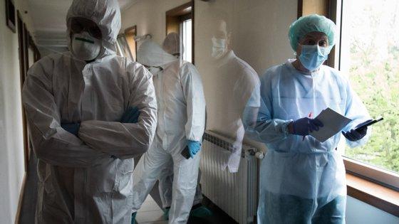 Depois de inicialmente terem sido noticiados 47, o lar já conta com 58 casos de infeção pelo novo coronavírus, entre utentes e funcionários