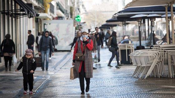 Portugal teve um aumento de 3,3% no número de novos casos, com a maior subida a registar-se nos jovens entre os 20 e os 29 anos