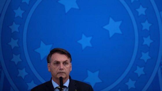 """""""Em todo e qualquer movimento tem infiltrado, tem gente que tem a sua liberdade de expressão. Respeite a liberdade de expressão"""", defendeu Bolsonaro"""