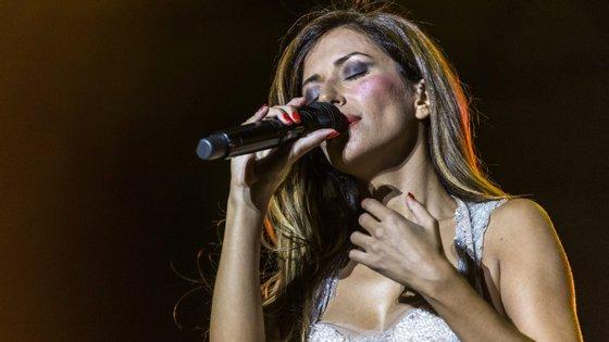 Ana Moura é uma dos mais de 20 artistas que vão assegurar performances em direto esta terça-feira