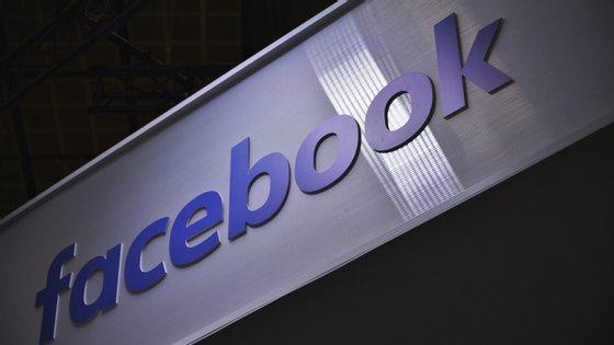 Mark Zuckerberg defendeu esta alternativa caso os governantes tenham interesse em esconder informações sobre os números reais
