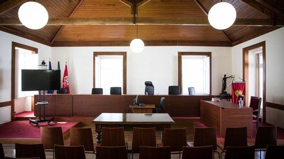 Os juízes conselheiros entenderam que o requerente não tem razão, não se observando qualquer excesso de prisão preventiva