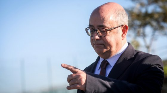 O ex-ministro da Defesa, Azeredo Lopes, também foi acusado no processo. MP diz que sabia do plano da PJM para recuperar as armas roubadas dos paióis de Tancos