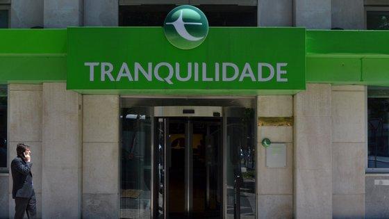 A decisão visa apoiar o combate aos efeitos do surto de Covid-19 e a recuperação da economia em Portugal