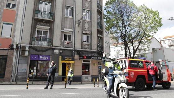 Hostel, localizado na Rua Morais Soares, em Arroios, foi evacuado no domingo, depois de ter sido detetado um caso positivo de Covid-19