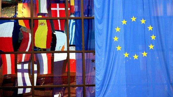 """""""A UE quer cooperar estreitamente com o novo governo na luta contra o novo coronavírus"""", referiu o Alto Representante da UE para a Política Externa"""