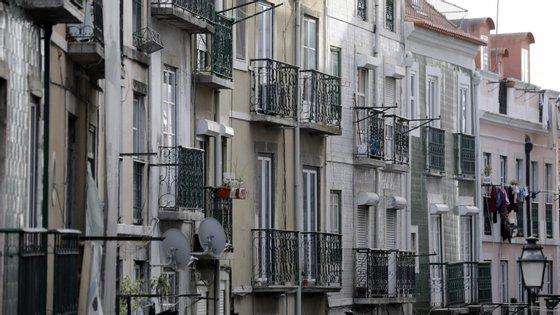 Dos 877 pedidos de empréstimos registados, 873 partiram de arrendatários e quatro de senhorios