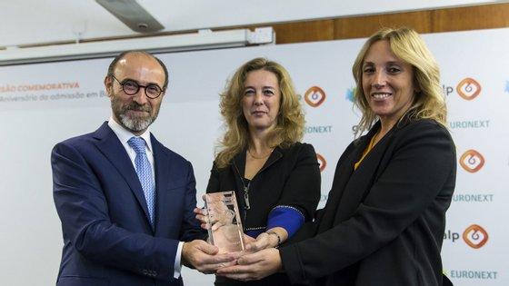 Carlos Gomes da Silva com a maior acionista da Galp, Paula Amorim. No meio está Maria João Carioca, administradora da Caixa e ex-presidente da Euronext