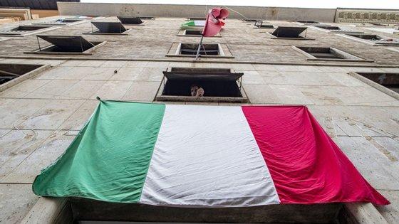 Em Itália, as medidas de confinamento vão ser reduzidas a partir de 4 de maio