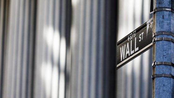 A expectativa de reabertura da economia dos Estados Unidos já tinha levado o otimismo a Wall Street na segunda-feira