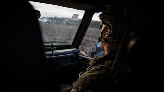 """O ministro da Defesa Nacional diz que os militares apresentam """"uma evolução muito positiva e, portanto, sem razão de preocupação"""""""