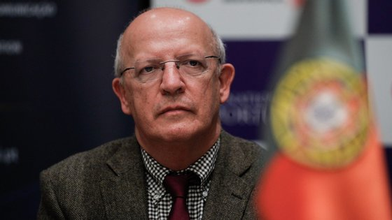 """""""Os programas de austeridade não foram concebidos para garantir a recuperação económica dos países"""", defendeu o ministro"""