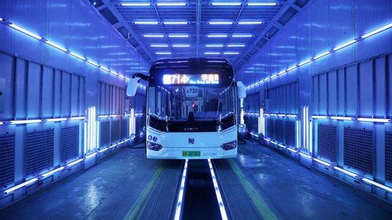 No futuro, existe a possibilidade de serem fabricadas lâmpadas ultravioleta 360º