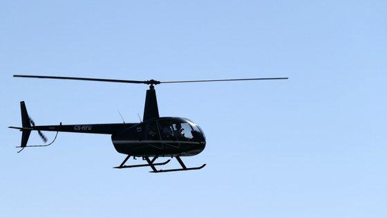 Notícia do desaparecimento do helicóptero foi avançada pela televisão oficial grega ERT