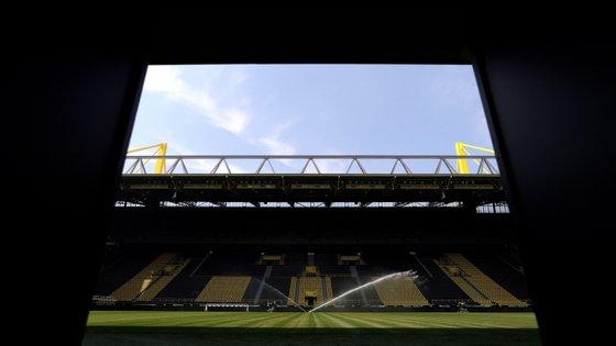 A Liga Alemã de Futebol não revelou os clubes envolvidos e o nome das pessoas