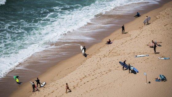 Os praticantes da pesca dispõem de 120 minutos por dia, os de surf de 90 e os de caminhada de 60 minutos