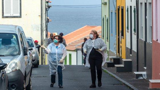 Há 66 casos positivos ativos no arquipélago