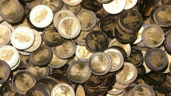 A Comissão Europeia prevê que a economia da zona euro conheça este ano uma contração recorde de 7,7% do PIB