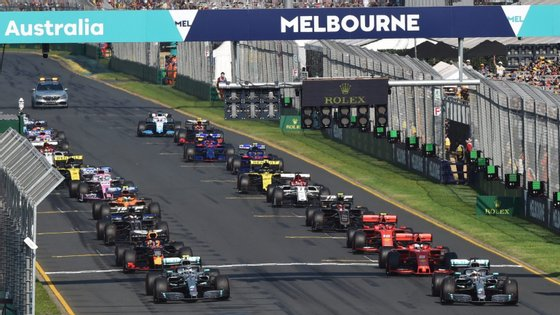 A época deveria ter começado a 15 de março, na Austrália