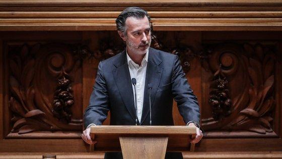 """""""Verdadeiro objetivo do desafio é o de obter vantagens eleitorais à custa destes partidos e não o de combater as forças socialistas e estatizantes no parlamento"""", referiu o partido"""