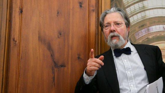 Francisco George é presidente da administração não executivo, foram escolhidos para administradores executivos o advogado Nuno Albuquerque e a professora Catarina Baptista