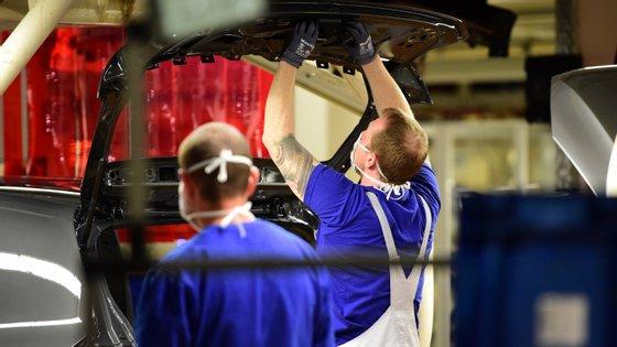 A percentagem de empresas que aderiu ao layoffsimplificado na indústria automóvel, segundo o líder da AFIA, ronda os 90%