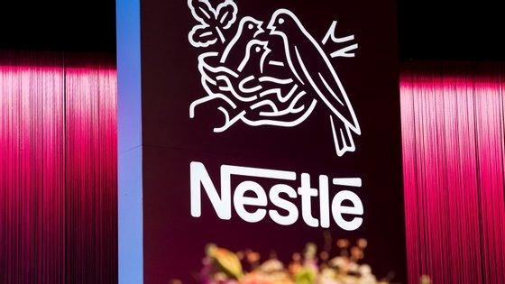 Durante o estado de emergência, a Nestlé adotou várias medidas de apoio financeiro aos seus trabalhadores