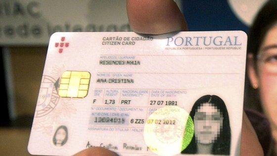 A marcação online para renovar o cartão de cidadão recomeçou na semana passada, a 4 de maio, mas no dia 6 já não havia vagas