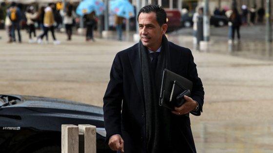 Pedro Proença, presidente da Liga de Clubes, está a validar data de 4 de junho junto dos responsáveis das 18 equipas do Campeonato