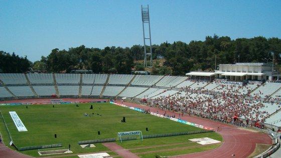 Benfica e FC Porto devem disputar o troféu no Algarve ou em Aveiro