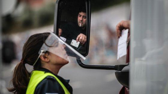 A viseira é para ser usada pelos polícias no quotidiano, defende a PSP