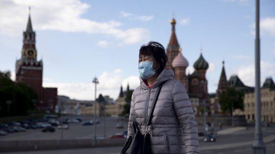 Mais de metade dos infetados na Rússia concentram-se em Moscovo mas propagação já se alastra pelo resto do país