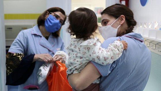 Em comunicado, o ABC adianta que, desde 4 de maio, realizou testes em 104 creches do Algarve e 26 do Baixo Alentejo e do Alentejo Litoral