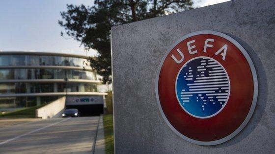 A próxima reunião do Comité Executivo da UEFA, inicialmente agendada para 27 de Maio, foi adiada para o dia 17 de Junho de 2020