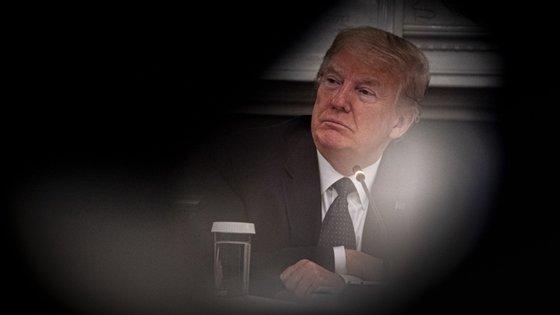 """Interrogado sobre o futuro da contribuição financeira dos Estados Unidos para a OMS, Trump declarou: """"Vamos tomar uma decisão em breve"""""""